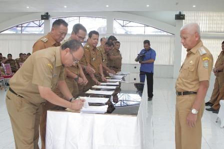 Bappeda Teken Kolektif PK OPD dan Kecamaatan se-Kabupaten Asahan