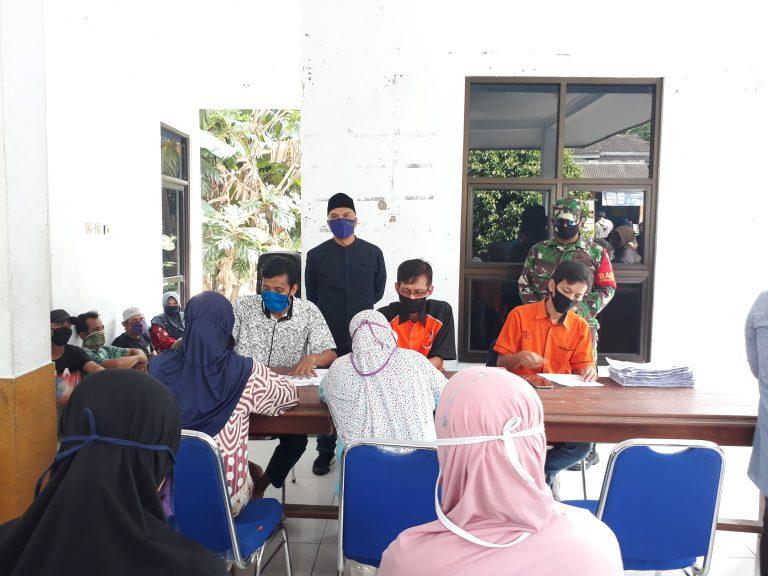 Penyaluran BST Tahap II Desa Jatimulya Berjalan Lancar