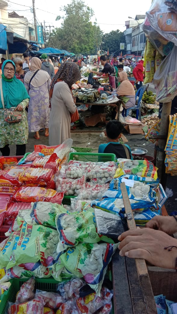 Pedagang Pasar Subuh Keluhkan Praktek Sewa Meja