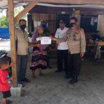 Sesuai Prokes, Kampung Kayu Menang Kembali Bagikan BLT DD Tahap VI dan VII