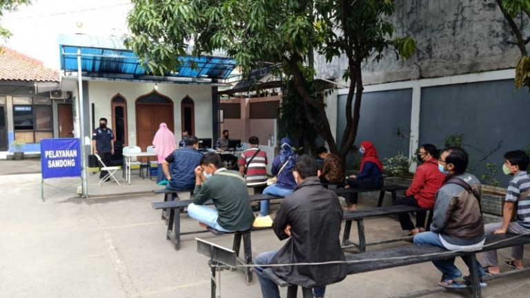 Samsat Kabupaten Bekasi Masih Terapkan Prokes Terhadap Wajib Pajak