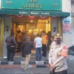 Langgar Aturan Prokes, Aparat Tutup 2 Tempat Hiburan di Grand Kota Bintang
