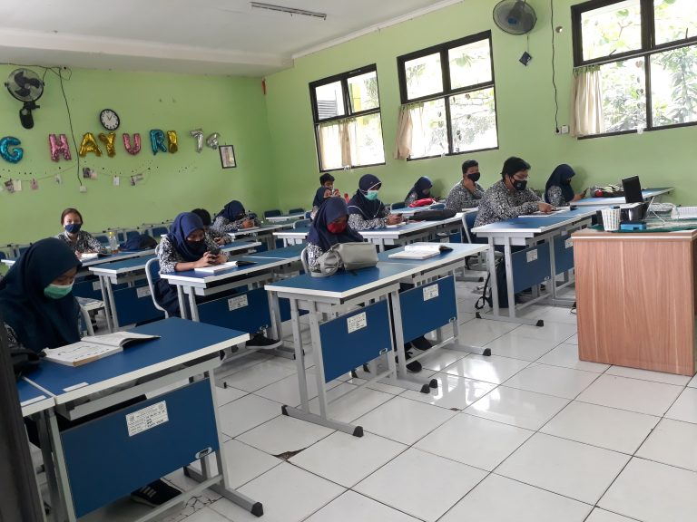 Pemkot Bekasi Lakukan Simulasi Belajar Tatap Muka di Sekolah